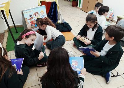 Gabriela Mistral feria literaria 1er año_2