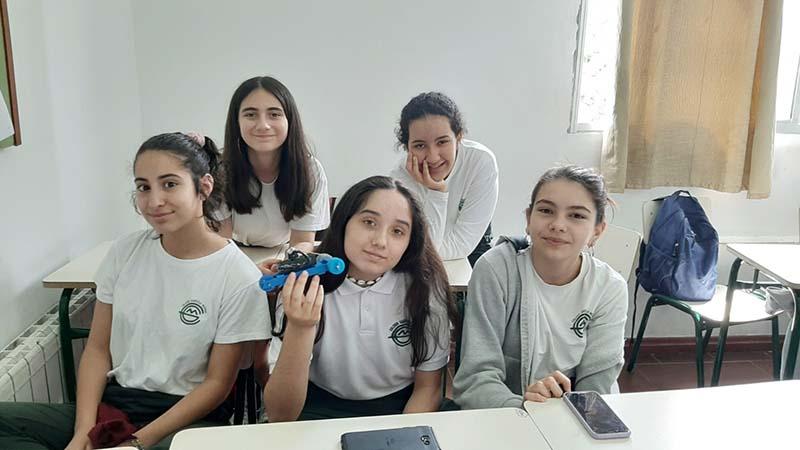 Gabriela Mistral 1ero robots 3