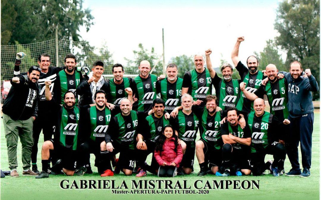 ¡Gabriela Mistral campeón! Master apertura Papi fútbol 2020